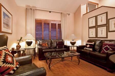 Lovely Room at the Inn with Pool-B - Santa Fe - Bed & Breakfast