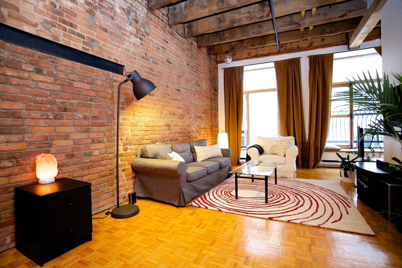 Charming Studio Loft - Old Montreal