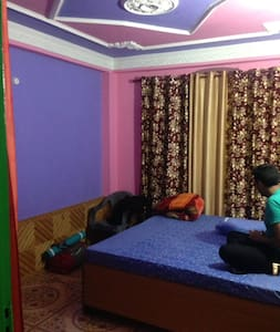 Room where Parvati Peaking Festival Happens, Choj! - Kasol - Guesthouse