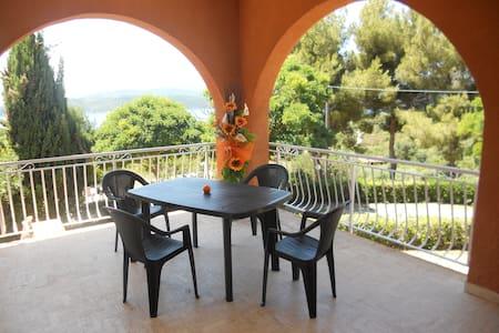 Elba - Bilo con veranda vista mare - Capoliveri (LI)