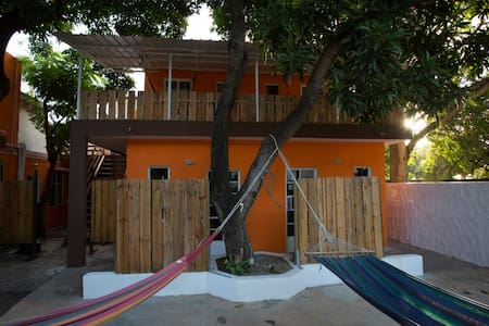 Chez Jacques - Double Room with Fan - Tamarin - Bed & Breakfast