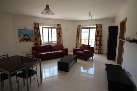 1 Bedroom Apartment - FLT12 - Daire