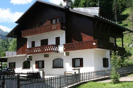 Appartamento nelle Dolomiti - Wohnung