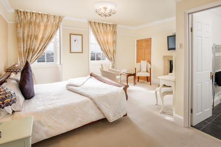 A 5* Gold rated B&B - Swan Room - Bed & Breakfast