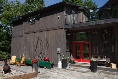 Lux Cottage Chalet, Muskoka Canada - Huntsville - Lomamökki