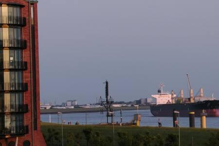 """""""New Port Weser"""" mit Weserblick - Apartamento"""