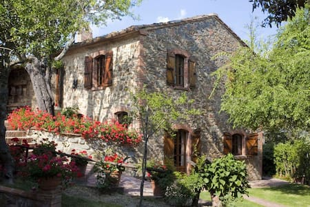 Il Meleto, sleeps 10 guests in Sinalunga - Sinalunga - Villa