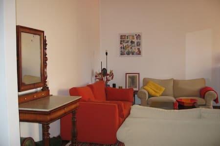 Lisbon at your door step - Apartment