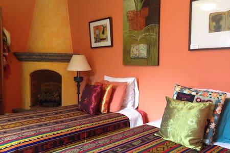 Heavenly Hideaway, Casa Lenita - San Miguel de Allende - House