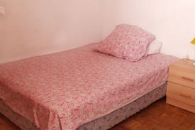 Picture of Private room/double bed/close to bus and center