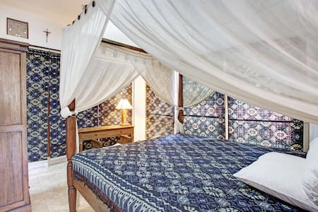 Room type: Shared room Property type: Villa Accommodates: 6 Bedrooms: 1 Bathrooms: 2