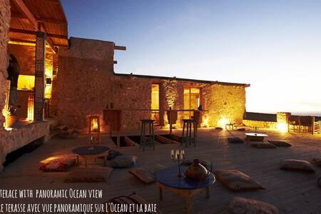 "Bedroom""AZROO"" @Ecolodge L'Ane Vert - Rumah Tanah"