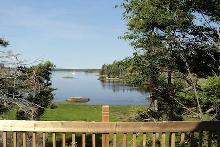 South Shore OCEAN frontage. - Port Medway - Chalet
