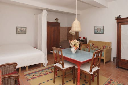 Maison Fontaines Bargemon - Bed & Breakfast