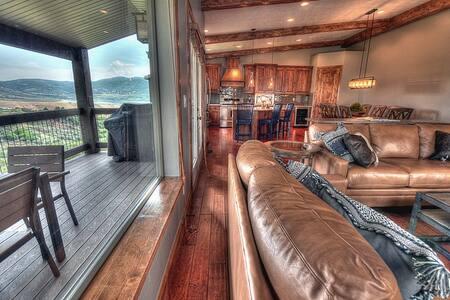 Spacious, Luxurious 3200 sqft Home! - Maison de ville