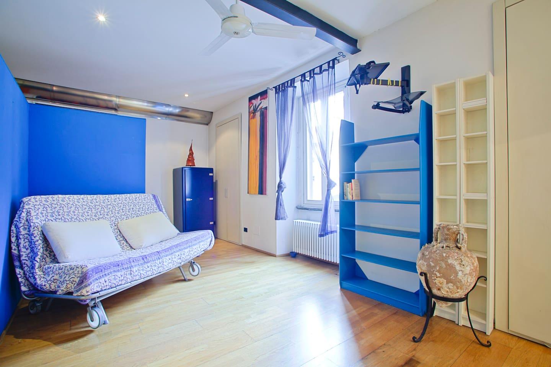 living room, sofa bed (160x180cm).