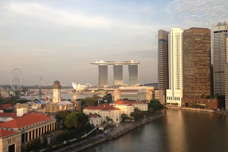 Huge one bed flat in the heart of town - long stay - Singapore