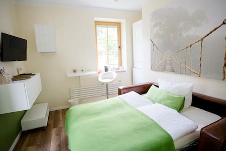 Petit Appartement Grenzau - Bed & Breakfast