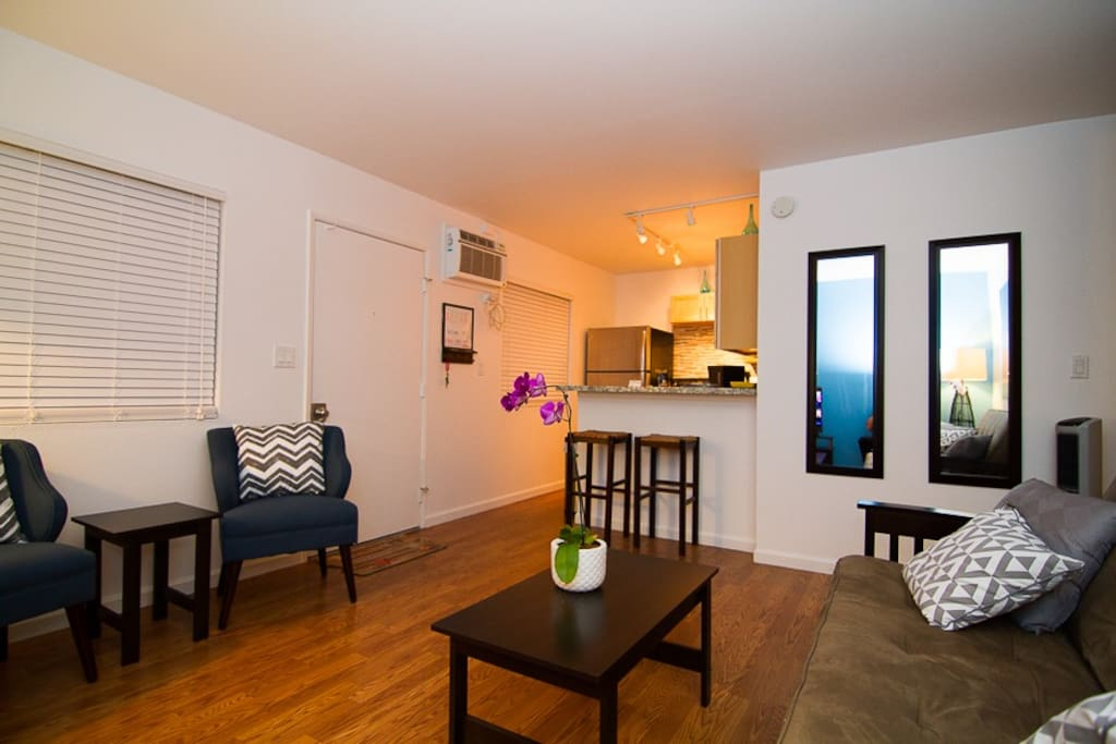 Oceanside And Convenient 2 Bedroom Apartments For Rent In Kailua Kona