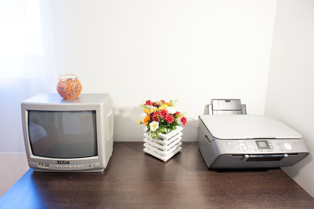 tv, desk and printer for you to use in your room :)