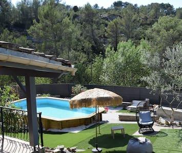Villa vacances isolée piscine SPA