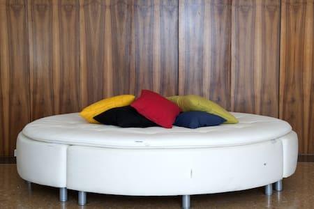 Camera Blu Sleeping Tivoli B&B - Bed & Breakfast