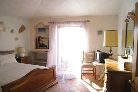 Villa Erica - large ensuite B&B - C - Cala di Volpe - Bed & Breakfast