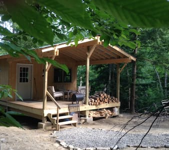 Cabin Creek Hide-Away (Letchworth) - Zomerhuis/Cottage