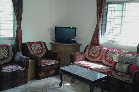 Eco friendly Farm House in Karjat - Bungaló