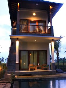 Two Bed Rooms Villa Kemuning