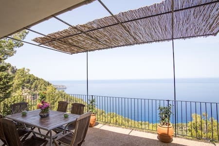 House near Deia 5 pax seafront with great views - Casa