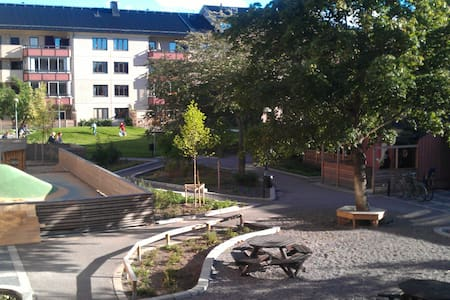 Nice room near Globen Stockholm - Gamla Enskede