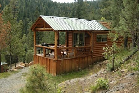 Sam Cabin at Bottle House - Alto - Haus