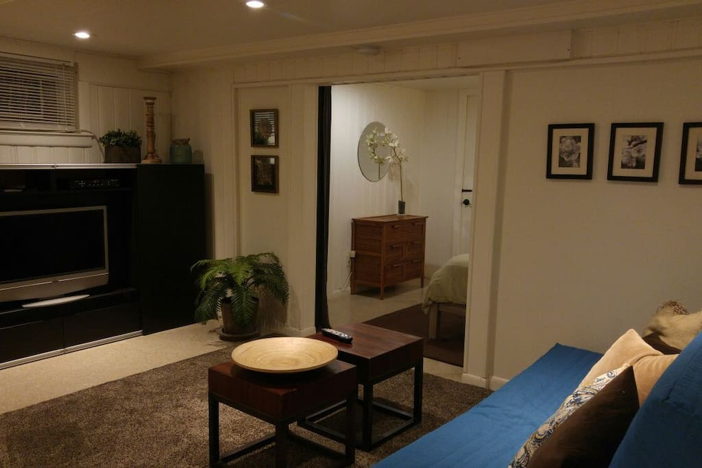 Private Garden Apt 20 min from NYC!