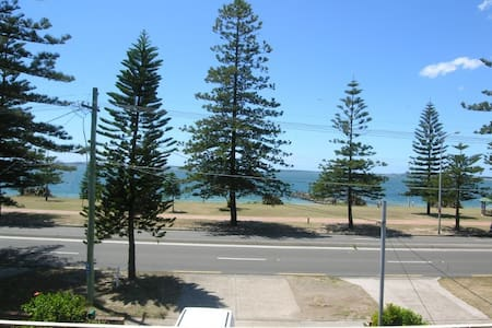SUPER close to BEACH and AIRPORT! - Apartment
