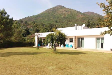 Casa da Fonte Trigueira - Villa
