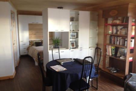 Appartement studio - Pabos - Apartment