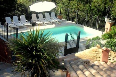 Meublé plain-pied Provence piscine 4 p Le Thoronet - Apartamento