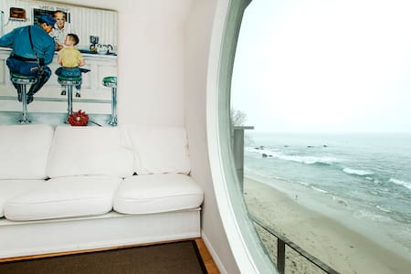Ocean Front Malibu Beach House   UP