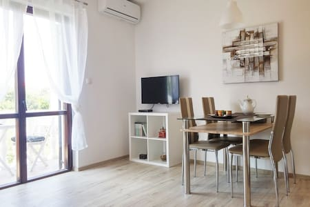 Elegant new 4* apartment with balcony and parking - Nin