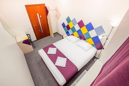 Свежая уютная комната в самом центре Риги - Rīga