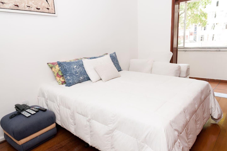 Confortável cama King