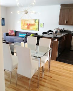 New 2bdr charming bright apartment - Montréal - Apartment