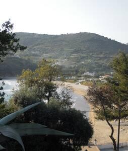 Gaeta Spiaggia dell'Ariana