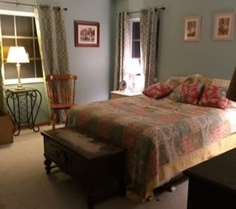 Bed and breakfast 3 bedrooms 11/2 - Jupiter