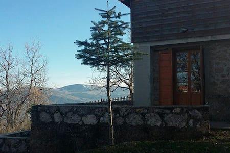 Σπίτι στα Τρίκαλα Κορινθίας - Ano Trikala