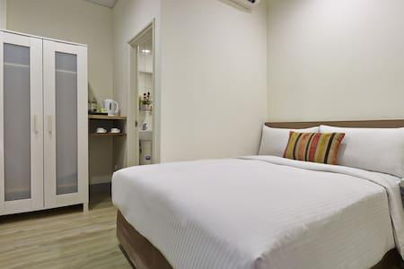 步行至士林夜市只要2分鐘-一大床雙人房Double bed - Shilin District - Apartment