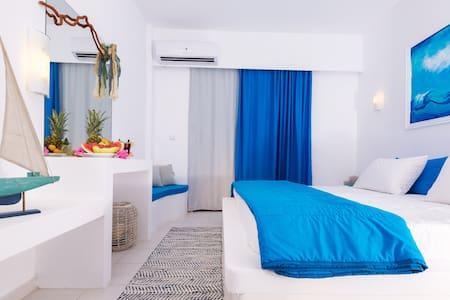Sea view Double room! - Bed & Breakfast