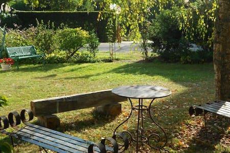 Dans la Vallée du Petit Morin - Sablonnières - Haus