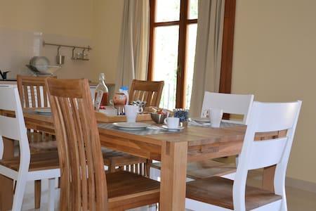 Alloggio privato con colazione - Chiusa di Pesio - Квартира